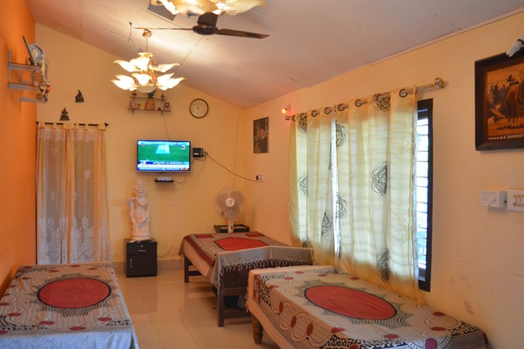 TripThrill Camp Coorg Jumbo Cottage Large, vacation rental in Virajpet