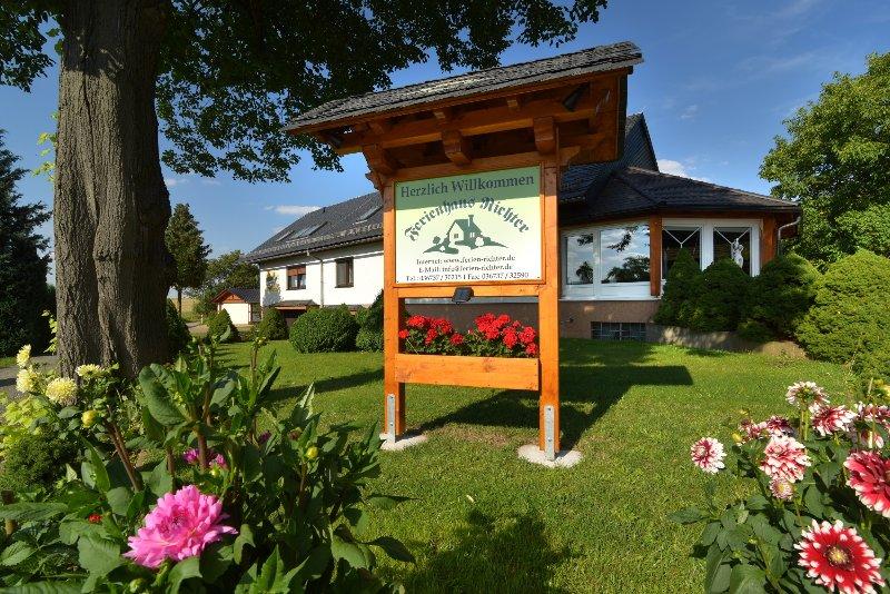 Ferienhaus Richter, Fewo Birke, location de vacances à Oppurg