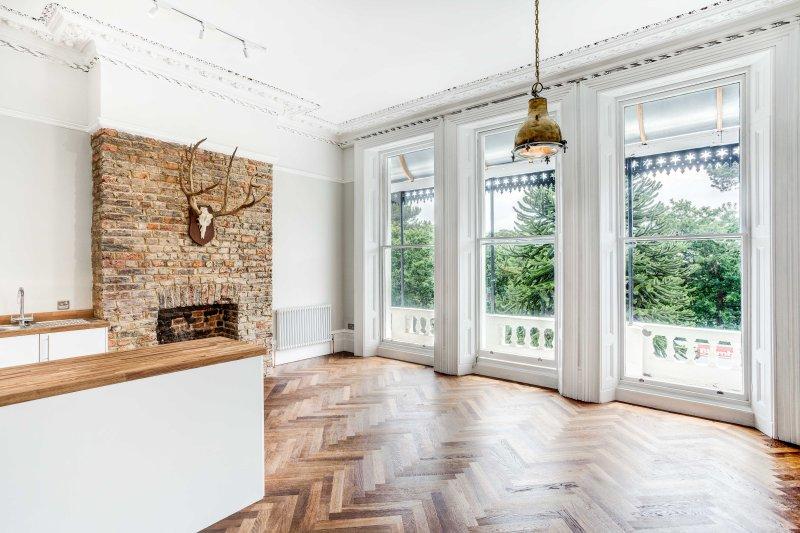 Beautiful First Floor Apartment In Grade Ii Listed Overlooking Garden