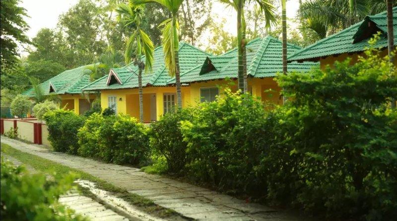 tripThrill Palm Era Deluxe Room 7, holiday rental in Kushalnagar