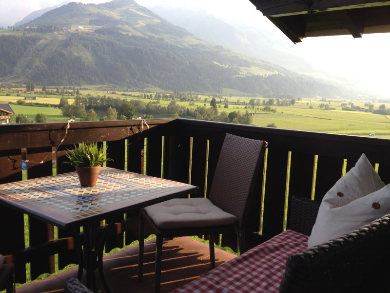 Mountain Dream Apartment (Deluxe ****), holiday rental in Kaprun