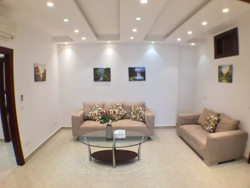 Large 3 Bedroom Apartment on Quraitem Main Road (Verdun Area), holiday rental in Beirut