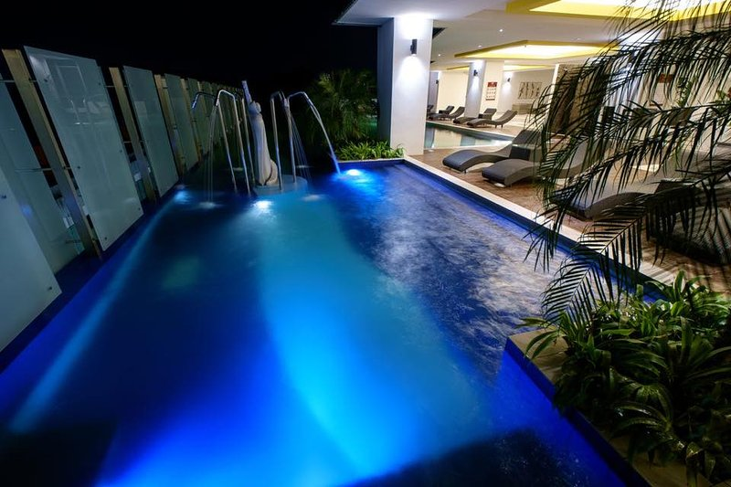 Jacuzzi Pool - night view