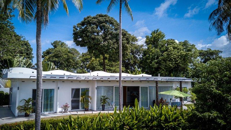 Amazing Feng Shui luxury 3-BR Villa 200 sqm, casa vacanza a Ya Nui