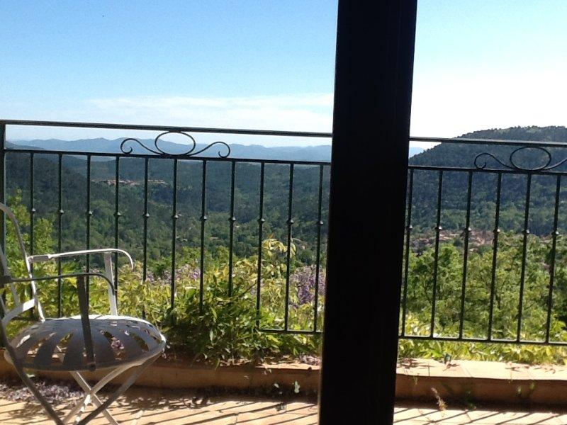 Balcon avec vue sur la vue au sud et Claviers
