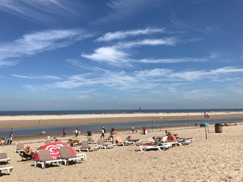 Haags Duinhuis, Familyfriendly beach Holiday home Kijkduin / The Hague II, Ferienwohnung in Den Haag