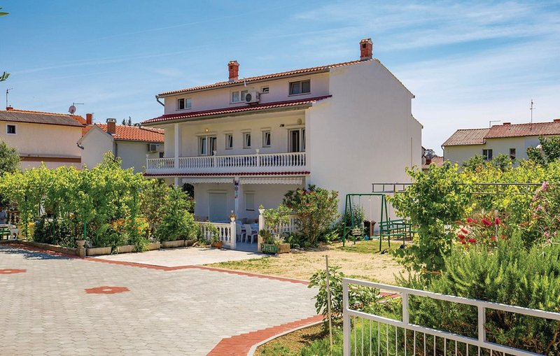 Holiday house with two apartments