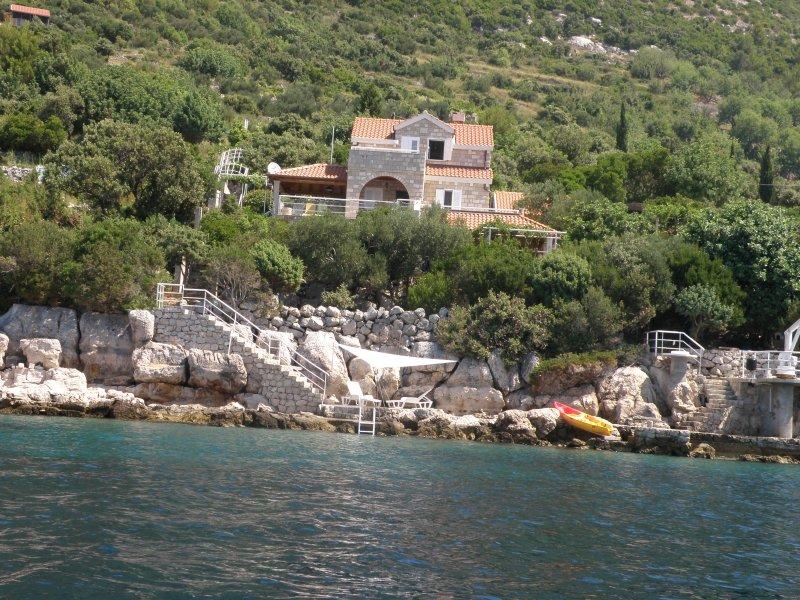 Villa Tica, alquiler de vacaciones en Sudurad