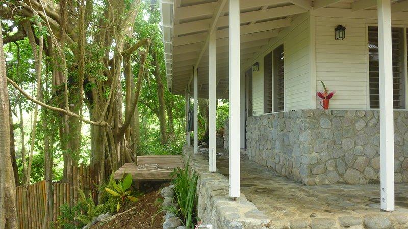 Banyan stone tree house, aluguéis de temporada em La Plaine