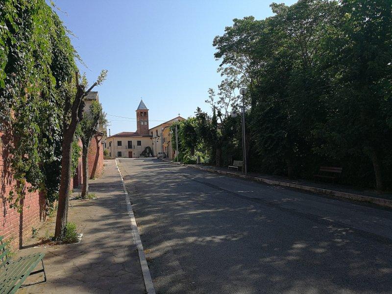 Grazioso appartamento in San Marco ai Monti, holiday rental in Paternopoli