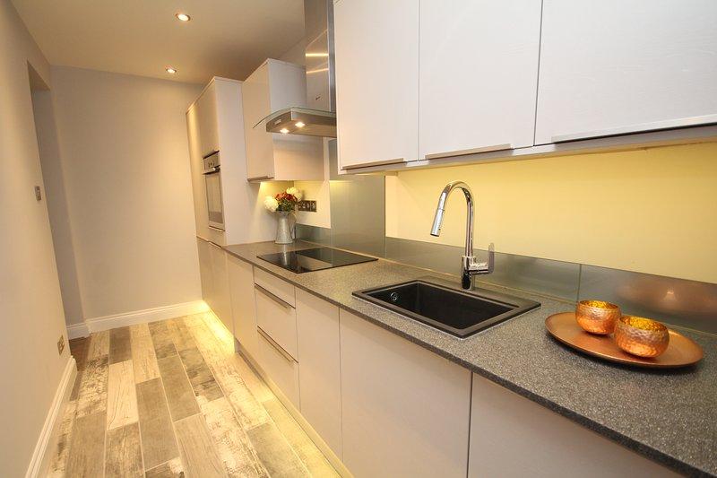 cuisine de cuisine, avec des appareils intégrés