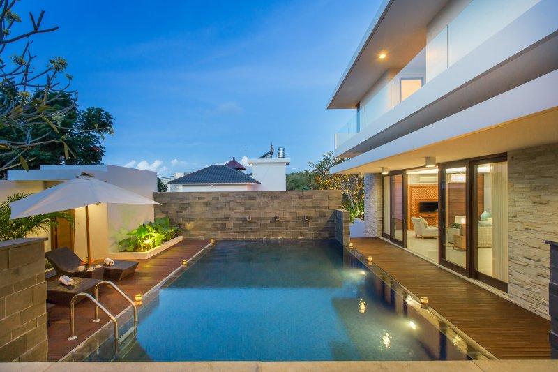 Nagisa Bali Bay View Villas, Nusa Dua, holiday rental in Nusa Dua