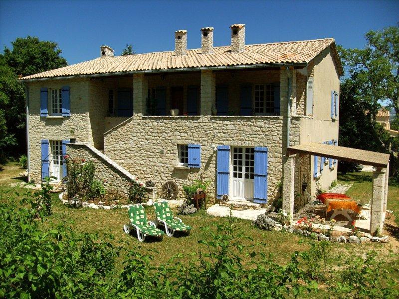 Ferienhaus La Rostane - Sport, Natur & Kultur im Herzen der Provence, vacation rental in Sault