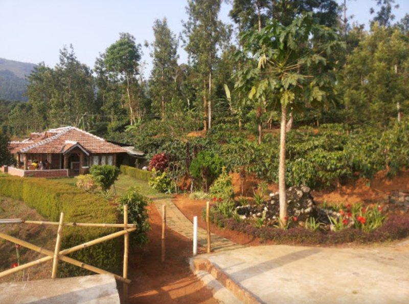 TripThrill Kings Cottage9, alquiler de vacaciones en Bhagamandala