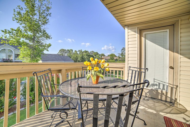 An unforgettable Branson retreat awaits you at this vacation rental condo!