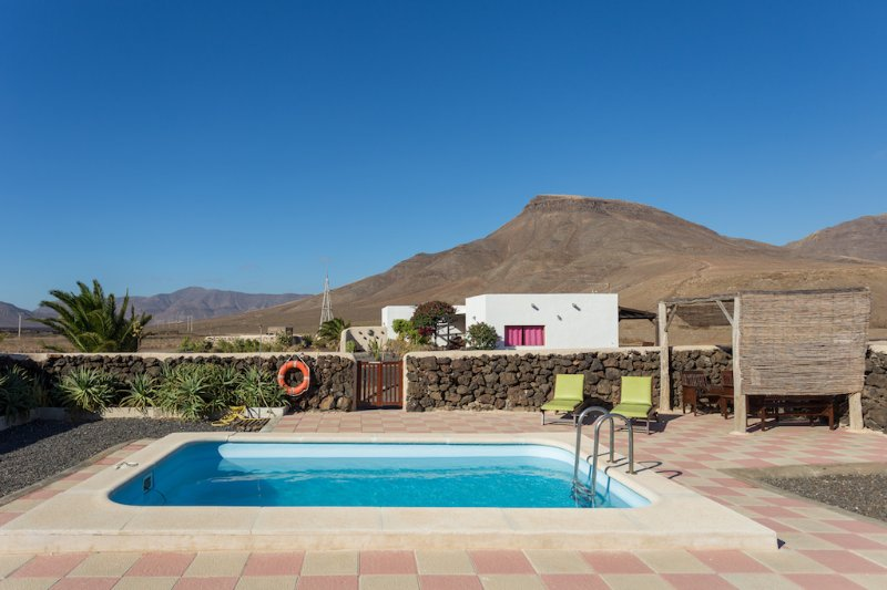 Casa Rural Pilar, Fuerteventura, holiday rental in Casillas de Morales