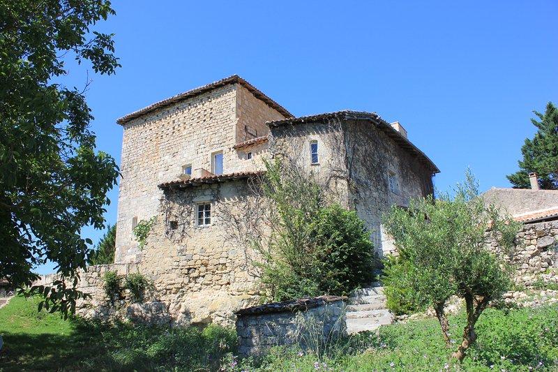 chambre d'hôtes en Gascogne 'La chambre du Chevalier', holiday rental in Montagnac-sur-Auvignon