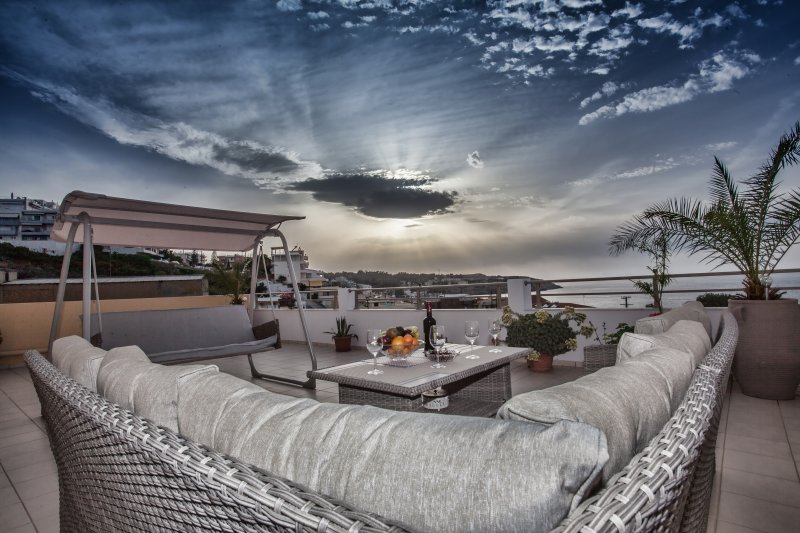 View Sea Apartment, holiday rental in Panorama