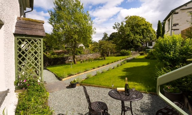 Roger Ground House south facing front garden, a gorgeous sun trap!