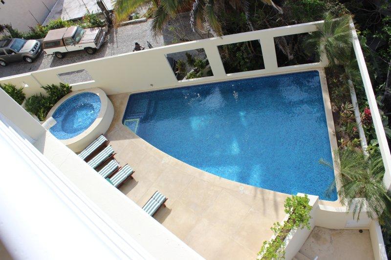 piscine commune - du balcon