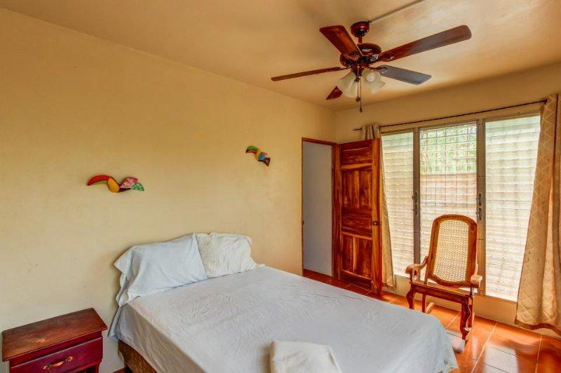 Bedroom with one bed, sleeps 2