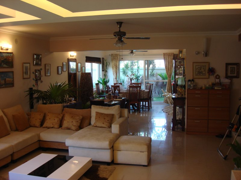 Luxury townhouse w private garden & Italian kitchen, alquiler vacacional en Bangalore