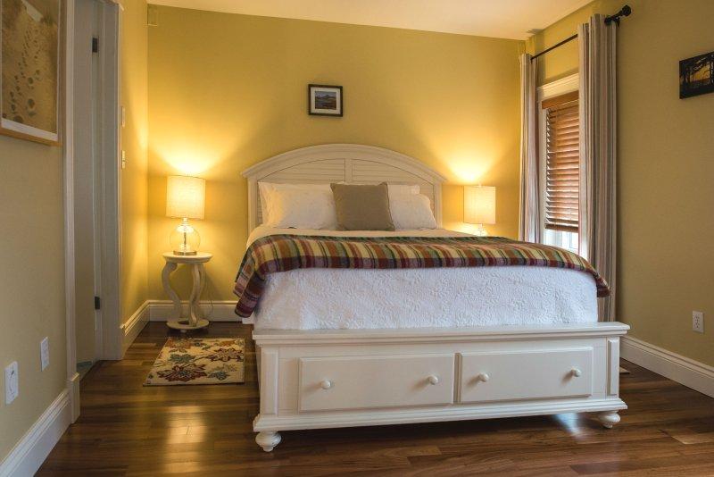 acogedoras habitaciones con camas cómodas! (Con vista al mar habitación # 2 con baño)