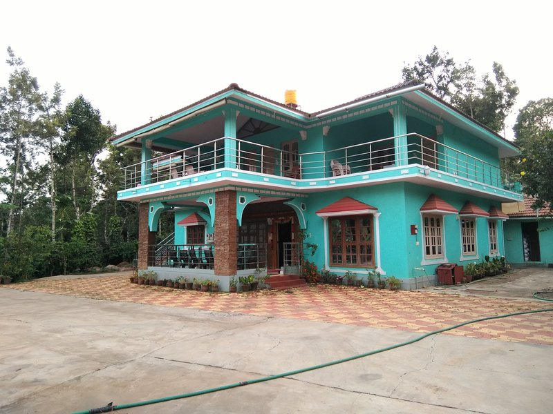 TripThrill Coorg Misty Homes For Couple, holiday rental in Biligeri