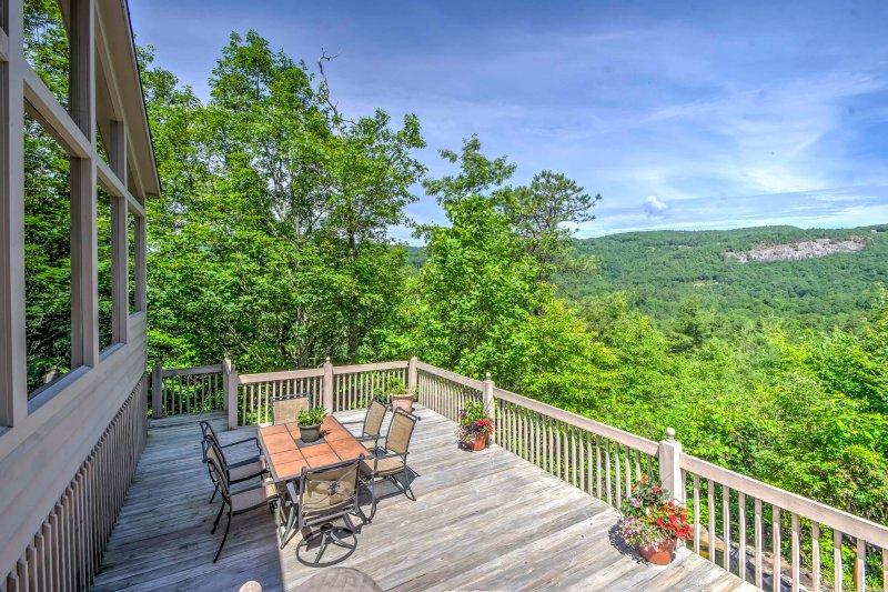 ¡Esta casa proporcionará recuerdos inolvidables en las montañas Blue Ridge!