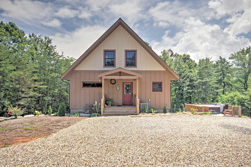 Enjoy privacy and relaxation when you stay at this vacation rental cabin!