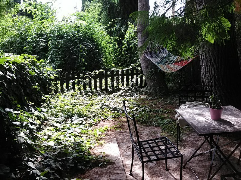 Apartamento con jardín, holiday rental in Lorca