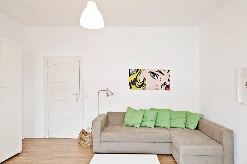 Spacious and bright suite in Prenzlauer Berg, holiday rental in Ahrensfelde