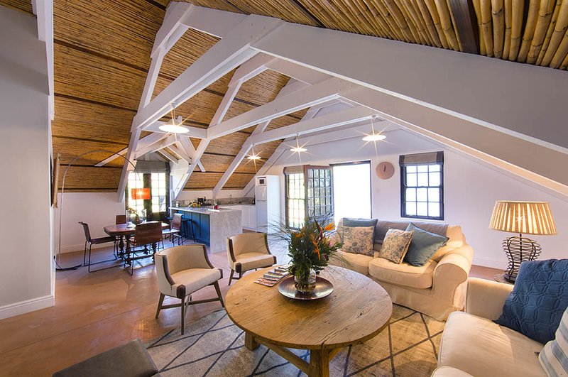 The Loft, Bartinney Wine Estate, holiday rental in Elsenburg