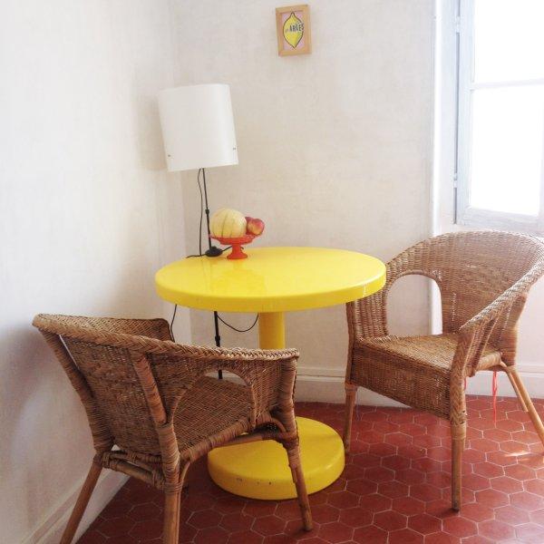 Appartement à 10 min d' Arles, holiday rental in Bellegarde