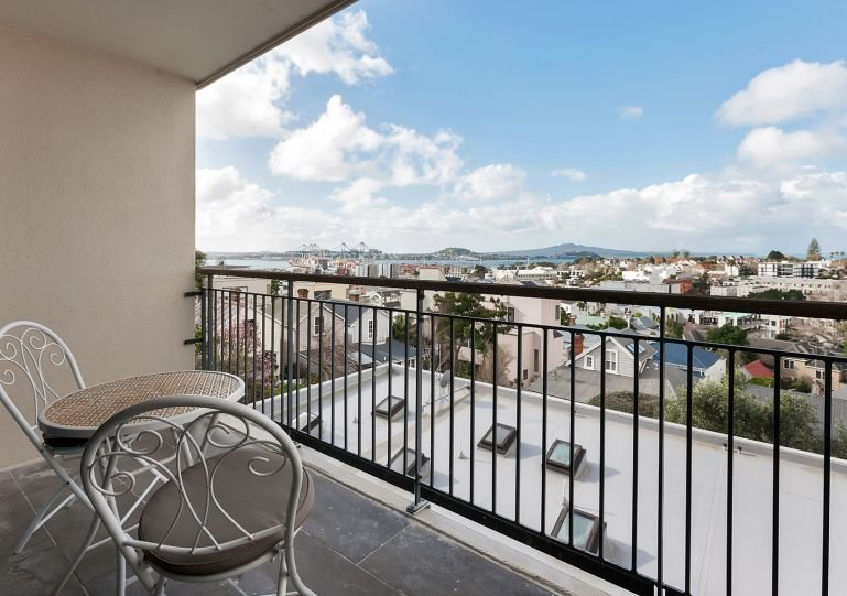 Top floor apartment with balcony, which has a wide view towards the harbour
