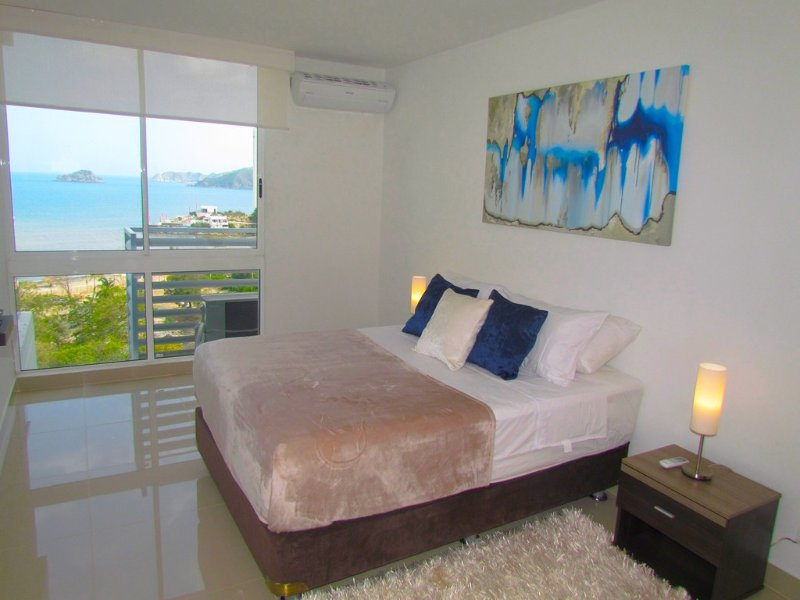 Apartasuite SOHO Elite - Vista al Mar SMR268A, holiday rental in Santa Marta Municipality