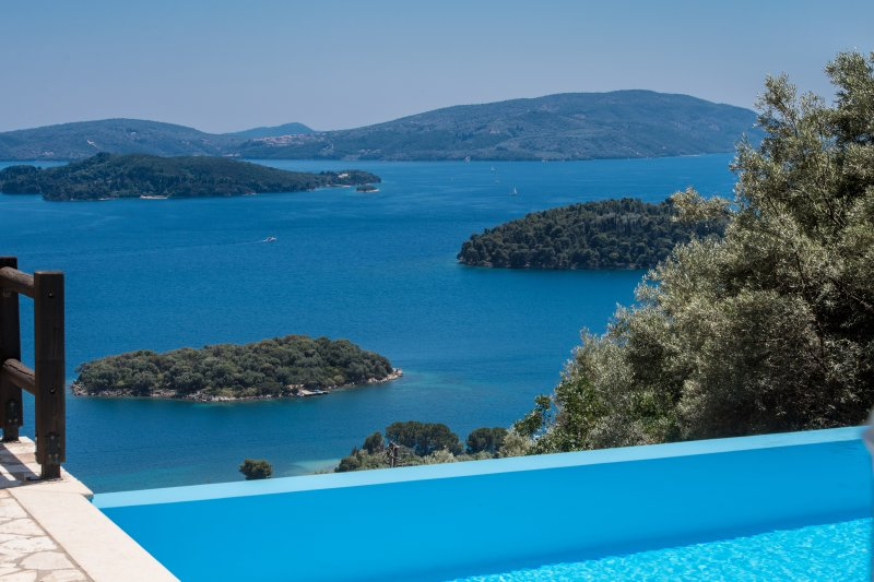 Pasithea - Private, pool, seaviews,walk to seashore/amenities, vacation rental in Lefkada