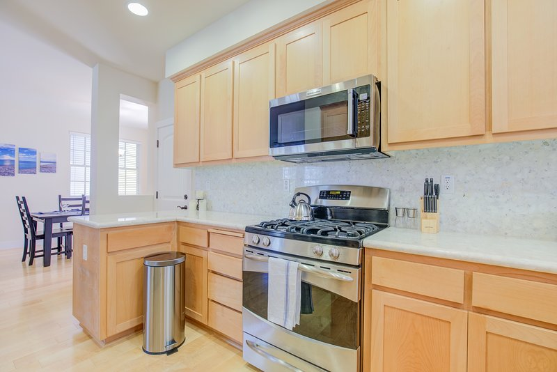 Cook up a storm in our oversized kitchen complete with all the appliances and supplies you'll need!