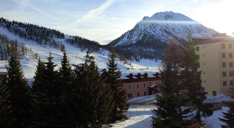 Appartamento con vista sul Mont Janus, holiday rental in Val-des-Pres