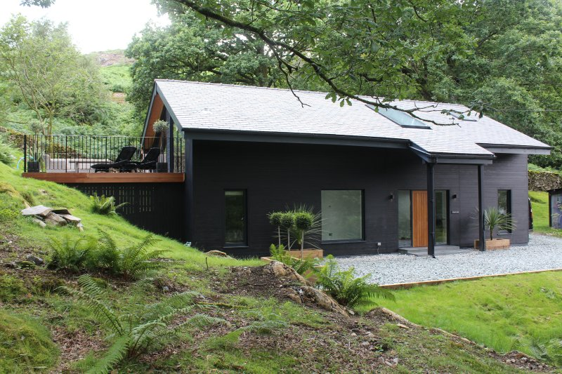 Chester's Lodge - only a short stroll from Lake Coniston, holiday rental in Broughton Mills