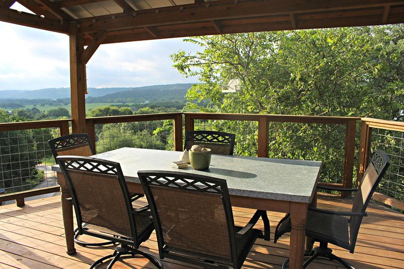SkyRun Property - 'COOLVIEW CABIN' - Experience the View of Wimberley Valley from the Shaded Deck