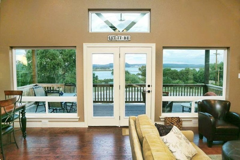 SkyRun Property - 'LA BELLE VIE' - Lake View from Living & Dining Areas