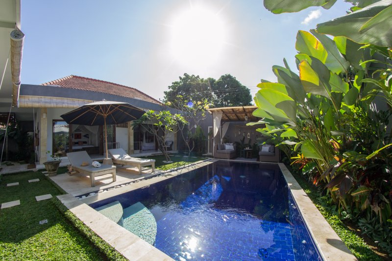 FREE CHEF - Umalas Retreat 5, (3 bed villa), holiday rental in Kuta District