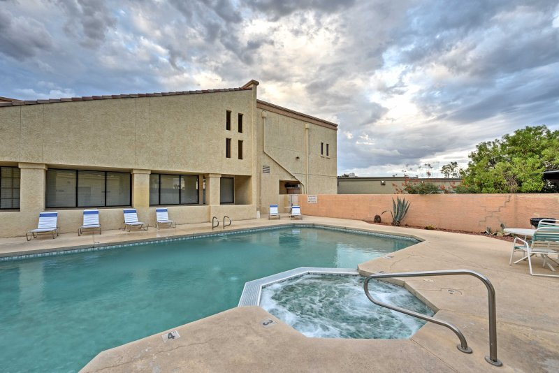 Enjoy Arizona's beautiful weather from this vacation rental condo.