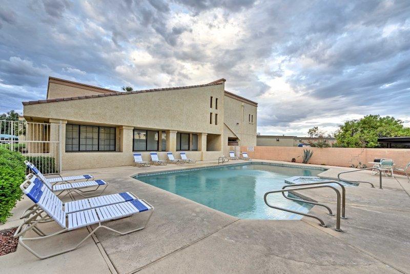In den Springs Resort Condos gelegen, können Sie Resort Annehmlichkeiten genießen!