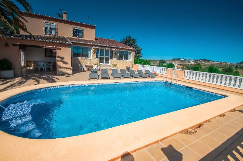 Finca Palacios - comfortable holiday accommodation in Benissa, vacation rental in Benissa