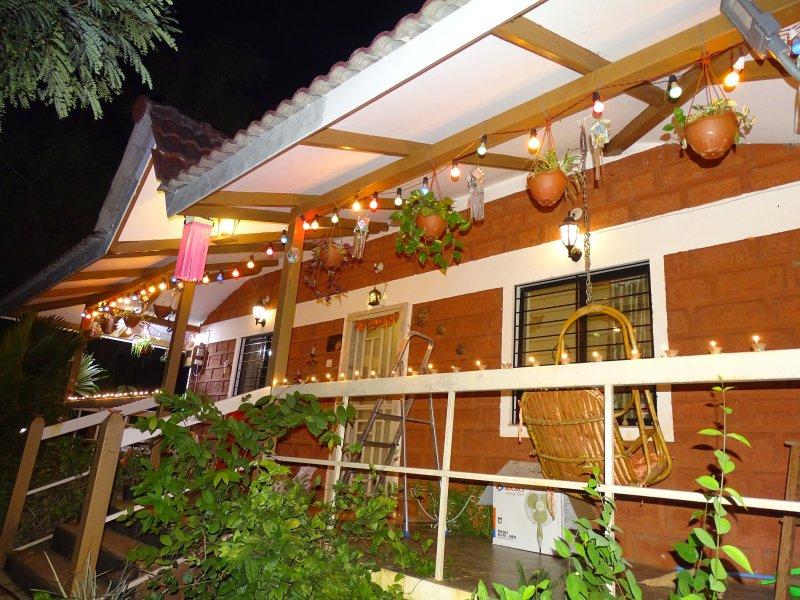 Lavish 2 BHK Garden villa for comfortable stay near Kundalika rafting & Raigad, holiday rental in Raigad