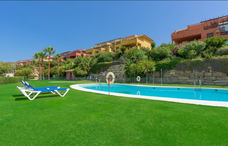 MARBELLA CASARÈS Costa apart 2CH 2SDB vue sur golf DONA JULIA – semesterbostad i Casares