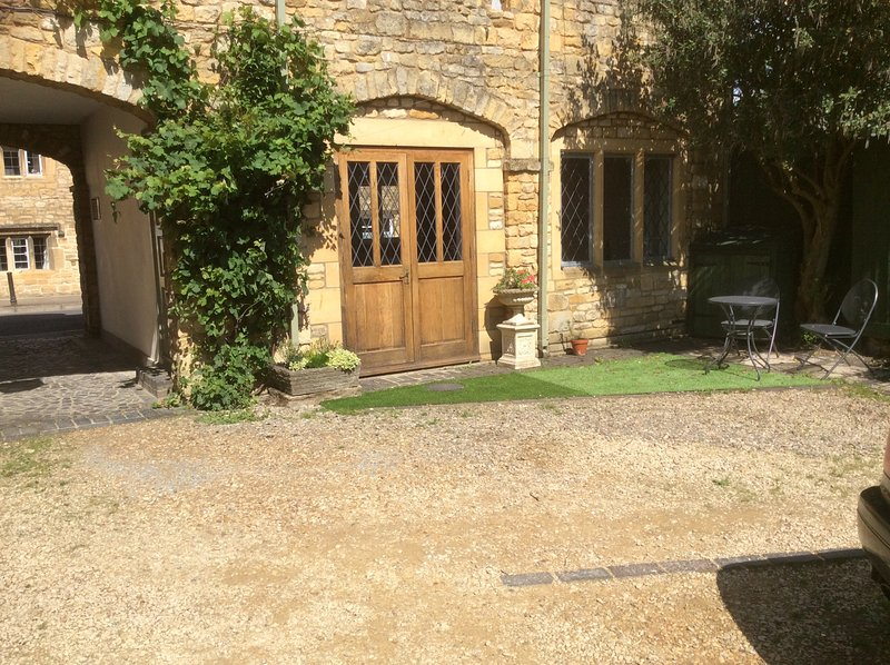 Over the Arches, holiday rental in Wickhamford