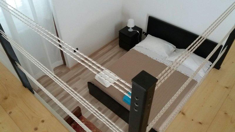 Happy Sunday - Appartamento per vacanze in centro a Trani, alquiler de vacaciones en Province of Barletta-Andria-Trani